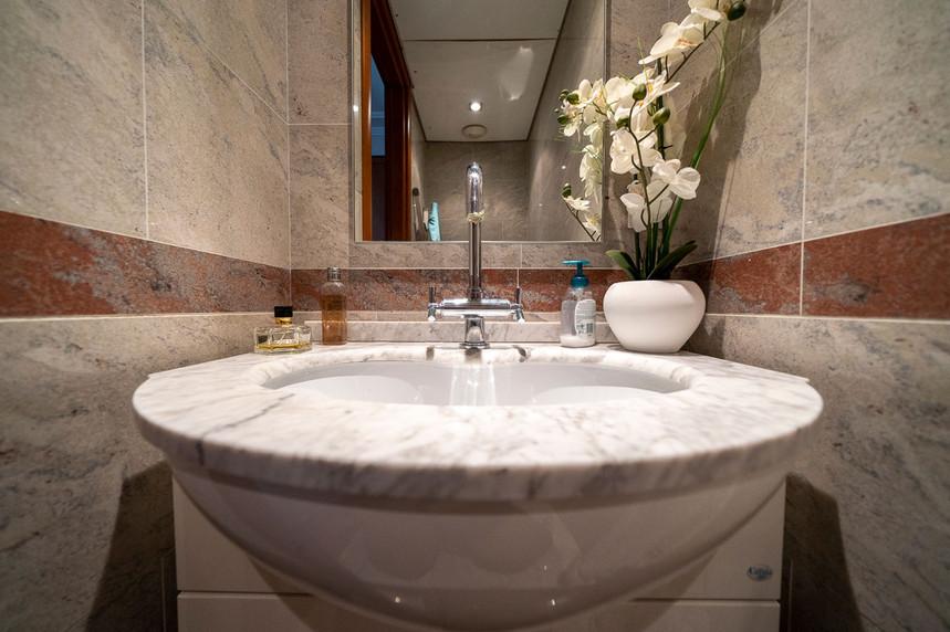 bathroom-copie-s.jpg