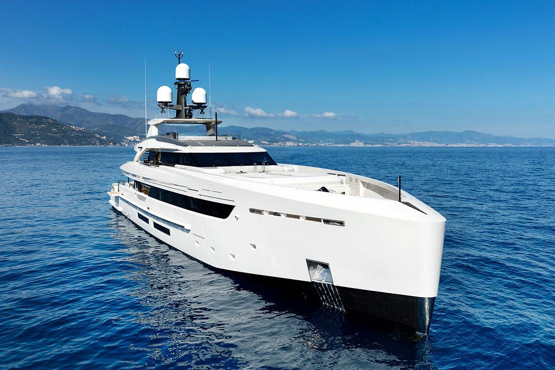 Vantaggi sistema ibrido Yacht