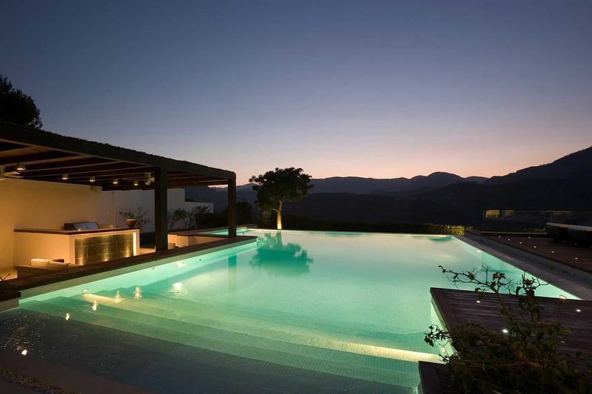 pool-night-sjpg