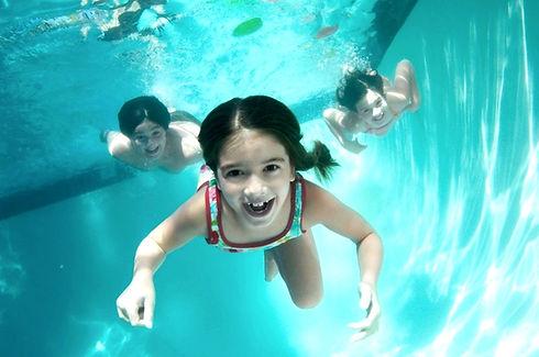 Joan-onderwater-kids_edited_edited_edite