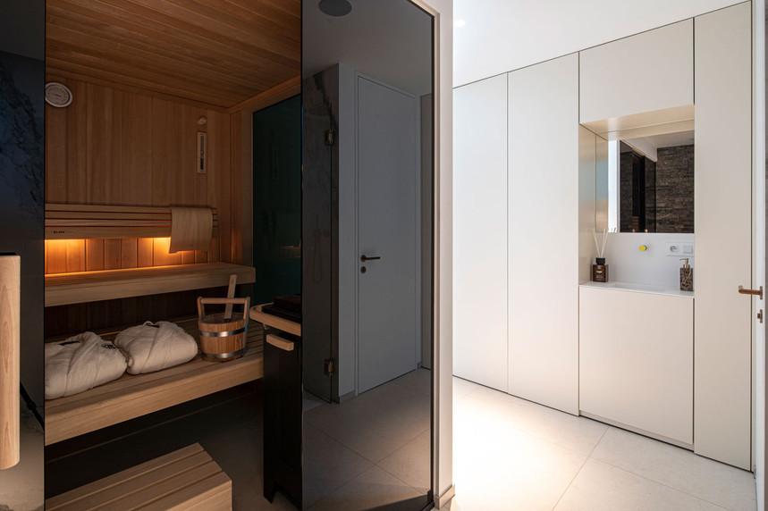13-01-sauna-cavalaire-s.jpg