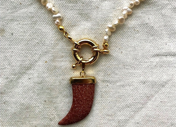 Biwa Necklace - Gold Stone