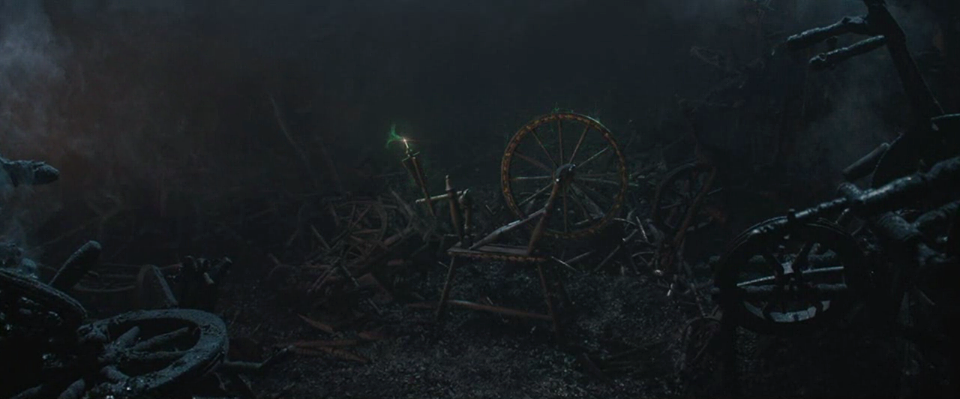 https://disney.fandom.com/wiki/Spinning_Wheel?file=Maleficent-(2014)-273.png