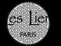 Véritable espace de mieux-être à Paris, Les Liens est un lieu apaisant en plein cœur de Paris - Sophrologie en groupe Paris - Méditation en pleine conscience en groupe Paris.