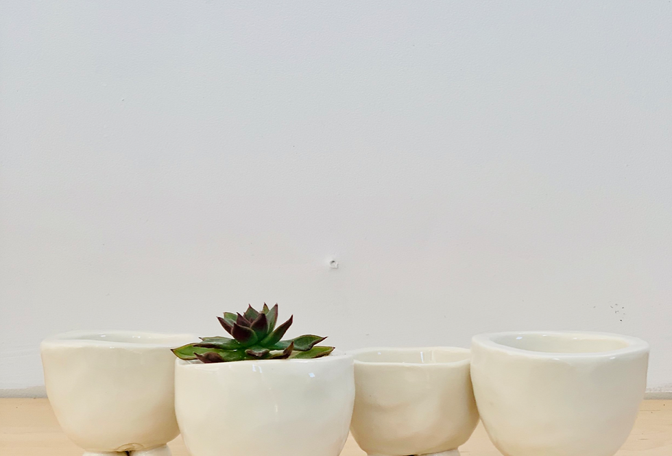 mini footed pot