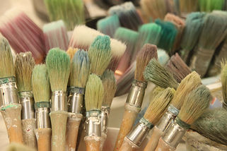 paint brushes artwork lesson