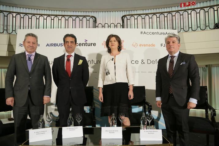 Accenture, Navantia y Airbus reivindican un mayor desarrollo de la industria aeroespacial y de defen