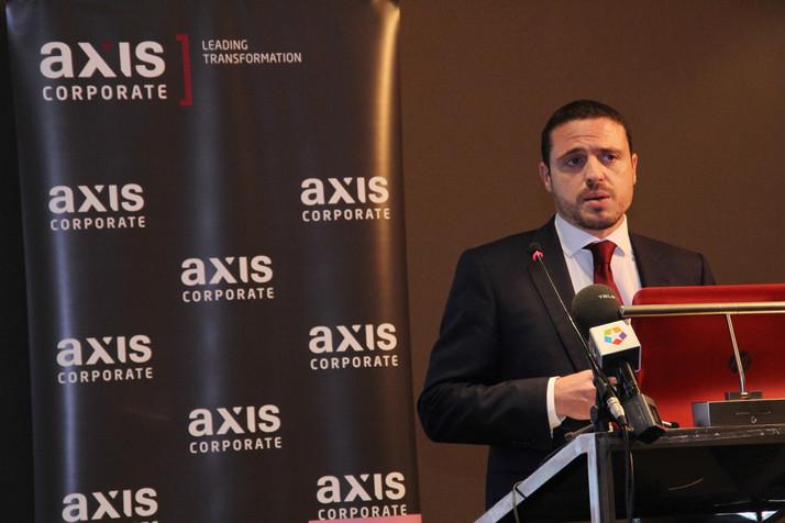 """AXIS CORPORATE : """"Los bancos tienen más que ganar que perder colaborando con las fintech"""""""