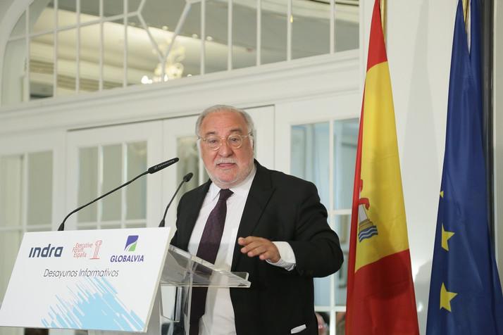 """Pere Navarro: """"La gran apuesta de la DGT va a ser el coche conectado"""""""