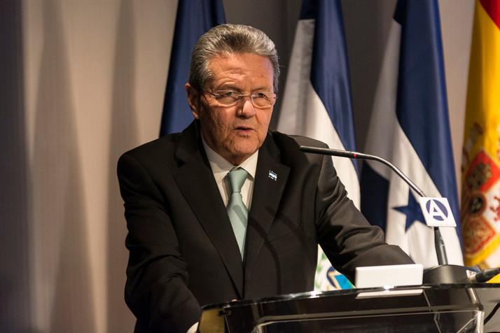 Almuerzo Informativo con el embajador de Honduras, D. Norman García