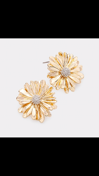 Flower Stud - Gold