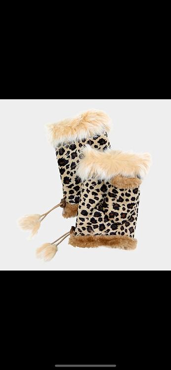 Leopard Fingerless Gloves - Tan