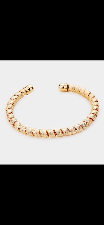 Metal Coil Bracelet - Gold