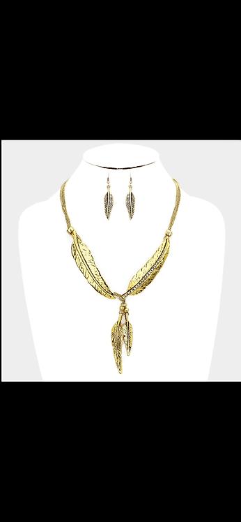 Multi Leaf Statement Necklace - Gold