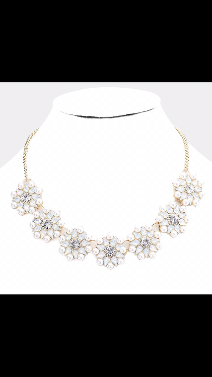 Thick Stone Floral Necklace - White