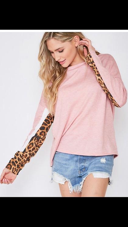 Leopard Sleeve Light Sweatshirt