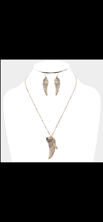 Angel Wing Heart Necklace - Antique Gold