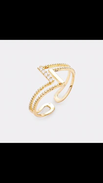Metal Design Delicate Ring - Gold