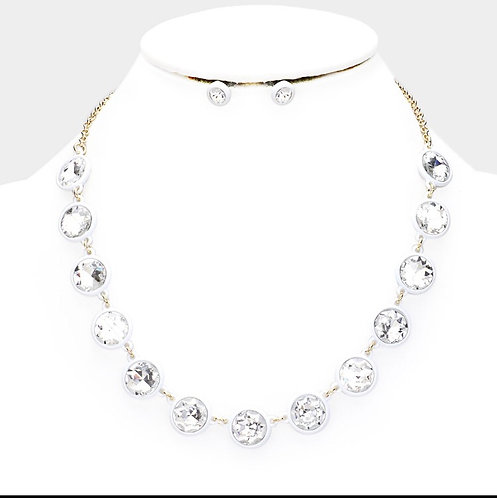 Glass Crystal Resin Necklace - White