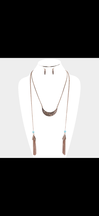 Western Style Fringe Necklace - Gold