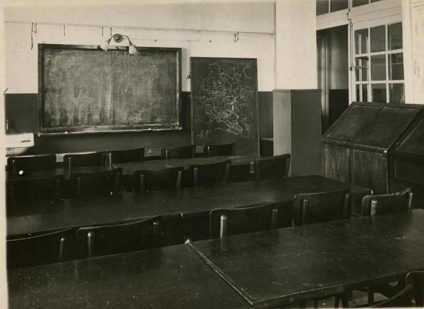 Аудитория кафедры ПИ 60-е годы.  Из семейного архива профессора Е.Е. Захарова