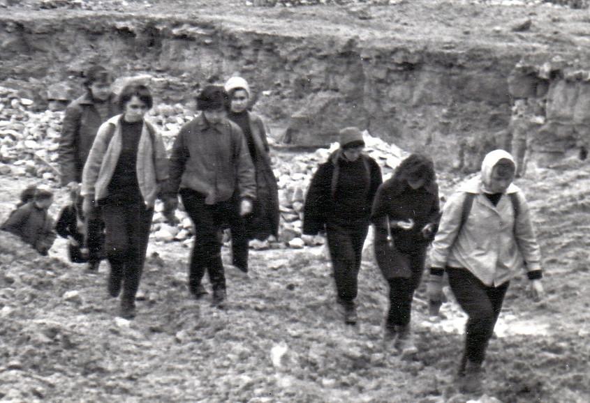 Весна 1961 г. геологическая экскурсия.jp