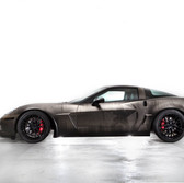 cheverolette corvette z06 c6 army patina wrap with american flag on the roof and star on the door