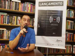 Obra sobre ativismo digital é lançada no RJ