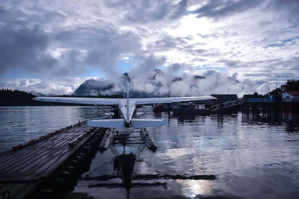 Tofino - Float plane docked