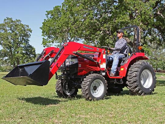 lg_s2351_tractor_mahindra_3016_loader_lw