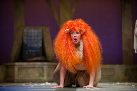 """Snug in """"A Midsummer Night's Dream,"""" at the Pittsburgh Playhouse"""