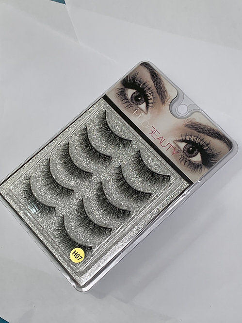 Huda Beauty Strip Lashes ( 5 PAIRS ) per box - H07