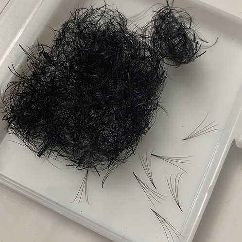 4D (0.07) Pre-made Volume fans (Silk Lashes - 1000 fans per tray)