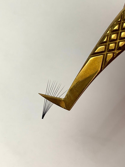 Russian Volume Gold collection - L curve Tweezer N3