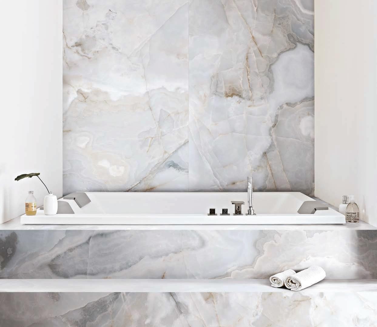 reve bleu bathroom.jpg