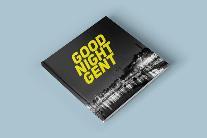 Layout van boek met nachtfotografie van Gent