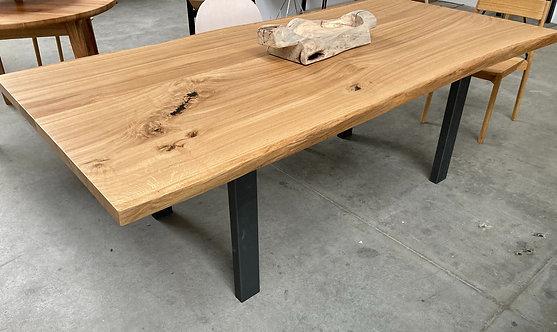 Tavolo in legno di rovere 240 x 115 cm