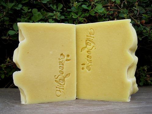 סבון לבנדר עדין, מתאים גם לבעלי עור רגיש ותינוקות