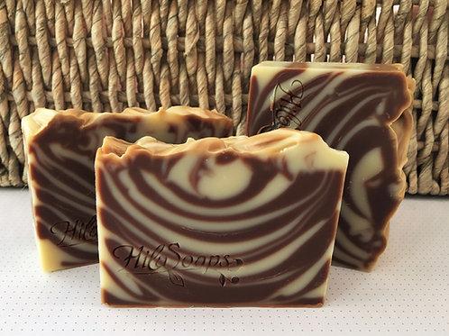 סבון פטשולי, מולסה ושוקולד