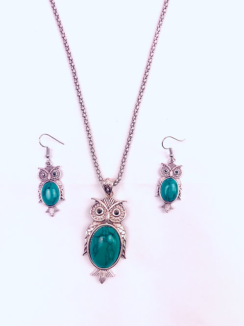 Antique Oxidized German Silver Chain Green Owl Pendant Necklace with Earrings