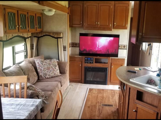 2 Bedroom Pasture RV for 1-5