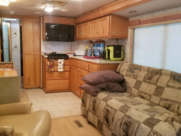 Safari RV for 1-4 with 55 inch TV and by the barn!