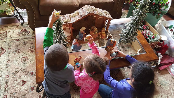 2015 Kids Around Nativity 1.jpg