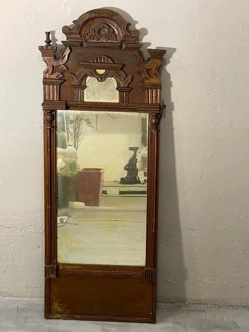 Старинное деревенское зеркало