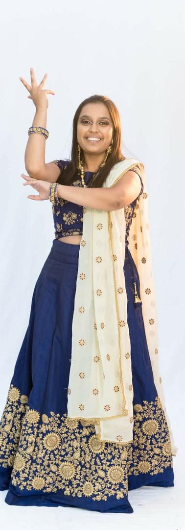 Ushmi Gami as Simran