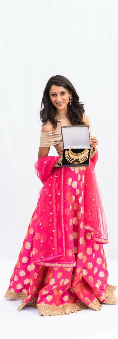 Anjali Janani as Priya