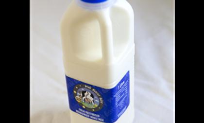 Fresh Milk Peak District Dairy - Whole Milk -1 litre.
