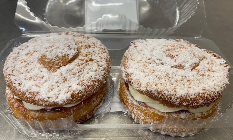 Small Victoria Sandwich (Pack of 2)