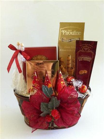 Christmas Tea Basket