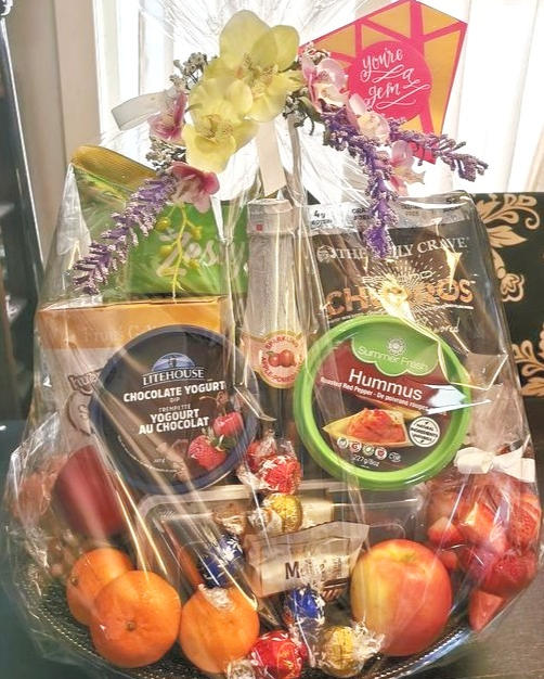 Mixed Snack Basket 4